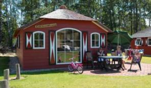 bijzonder huisje camping